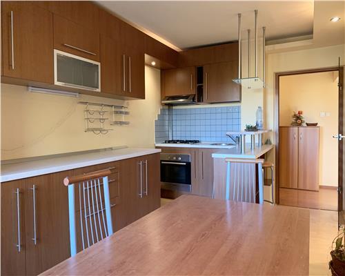 Apartament modern cu 3 camere decomandat, Calea Torontalului