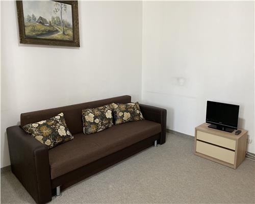 Apartament cu o camera, zona centrala.