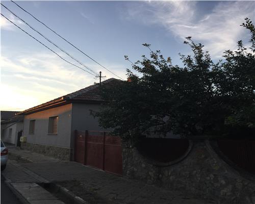 Casa cu 4 camere si teren 1000mp in Vladimirescu