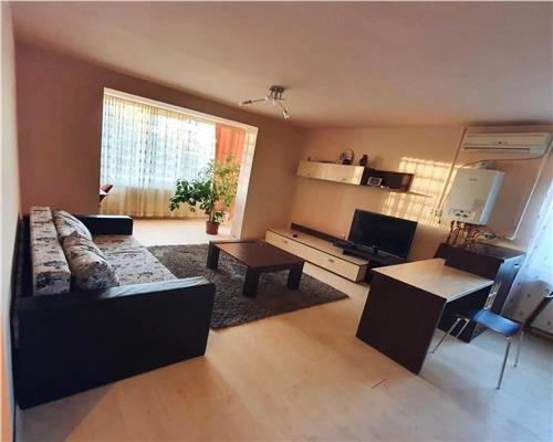 Apartament 3 camere, DECOMANDAT, in zona Medicina.