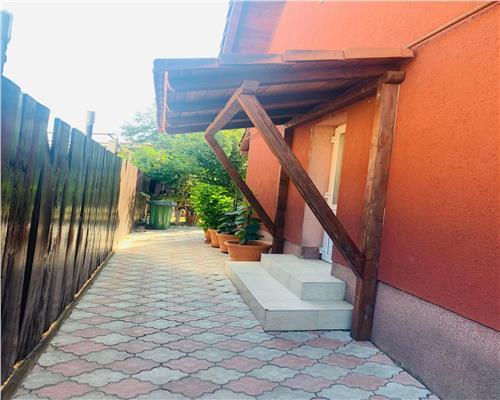 Casa cu 4 camere in Ghiroda negociabila