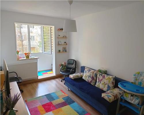 Apartament cu 4 camere, etaj 1, in zona Circumvalatiunii
