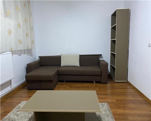 Apartament cu o camera, decomandat in Centrul orasului