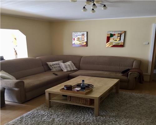 Apartament cu 3 camere, etaj intermediar in zona Aradului