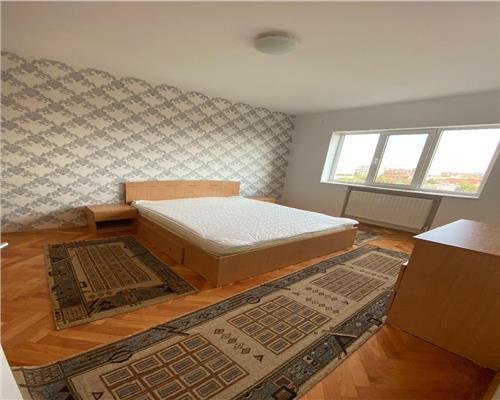 Apartament 3 camere zona Gheorghe Lazar