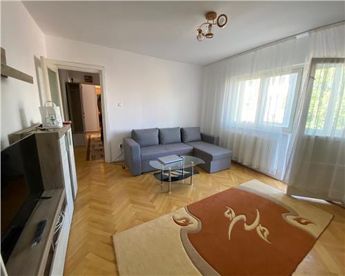 Apartament 3 camere Complex Studentesc