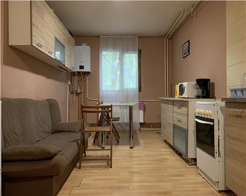 Apartament cu 2 camere, centrala proprie in apropiere de Iulius Town