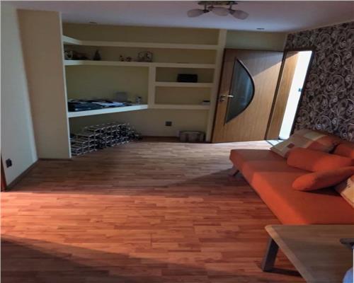 Apartament cu 3 camera in Zona Circumvalantiuni