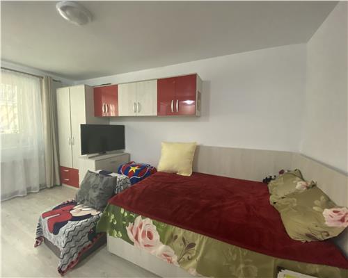 Apartament cu o camera bloc nou, in Giroc la parter