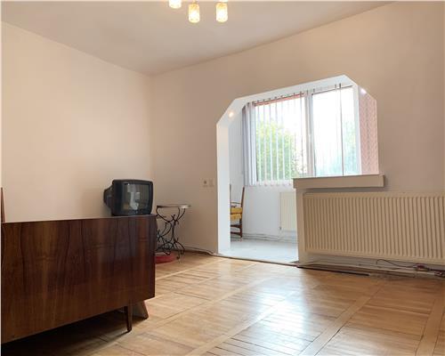 Apartament cu o camere, centrala termica, Dambovita