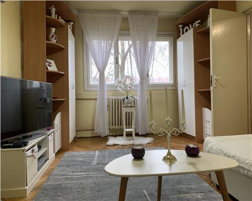 Apartament cu 2 camere, etajul 1, in zona Sagului
