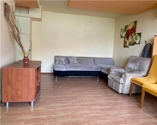 Apartament spatios cu 4 camere in zona STEAU langa SHOPPING CITY