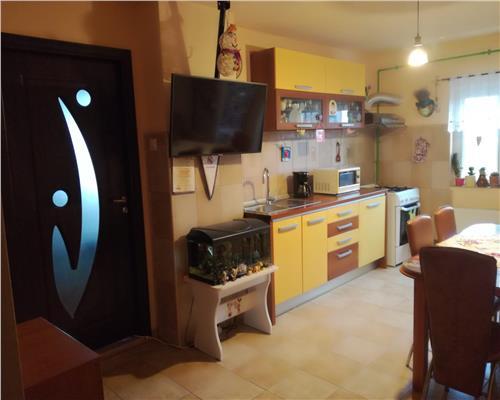 Apartament Decomandat, 2 camere-Zona Soarelui