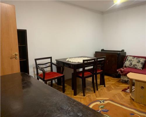 Apartament spatios cu 3 camere zona Take Ionescu