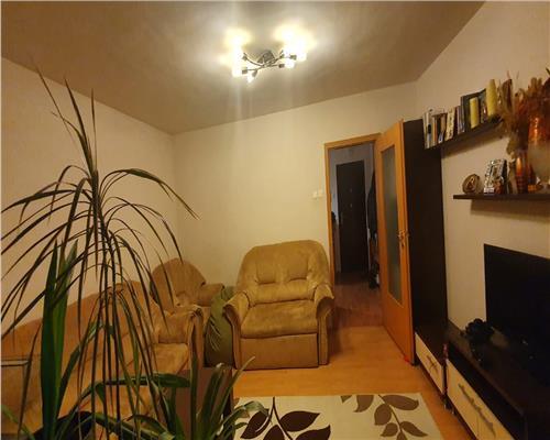Apartament 4 camere - zona Cetatii