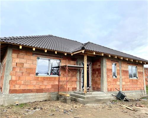 Casa individuala cu 3 camere in Sag