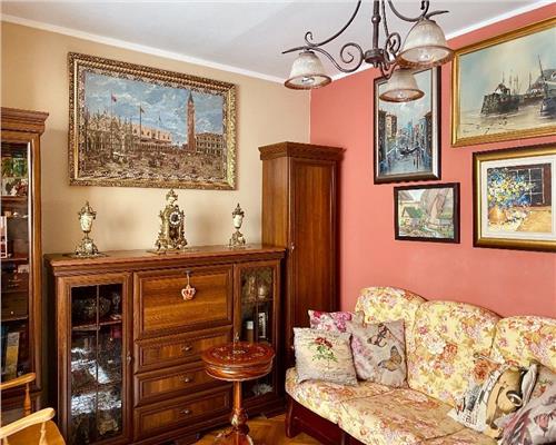 Apartament deosebit, 4 camere, etajul 1, Sagului