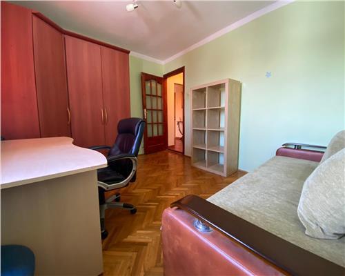 Apartament spatios si luminos, etaj intermediar, zona Steaua