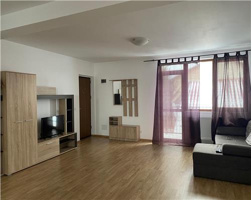 Apartament cu 3 camere în Zona Dumbrăvița