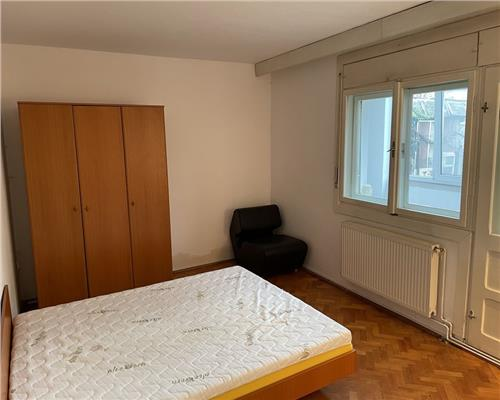 Apartament cu 1 camera in zona Olimpia-Stadion