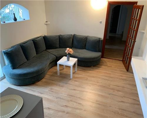 Apartament 3 camere zona Aradului
