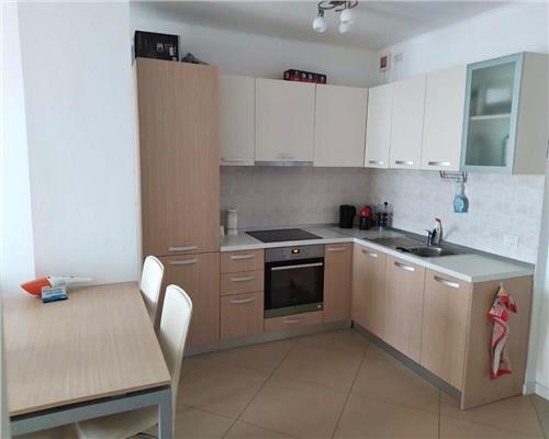 Apartament spatios cu 2 camere, zona Gheorghe Lazar