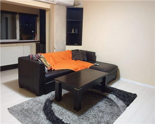 Apartament cu 2 camere în Zona Lipovei
