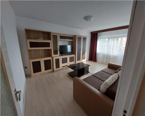 Apartament 3 camere decomandat Complexul Studentesc
