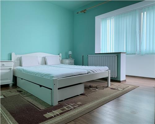 Apartament cu 2 camere, decomandat, in zona Bucovina