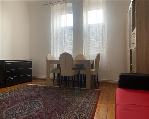 Apartament cu 2 camere in zona Complexul Studentesc