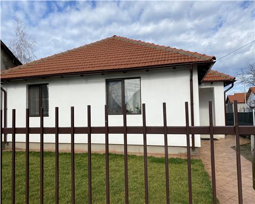 Casa individuala cu 3 camere in Utvin, toate utilitatile.