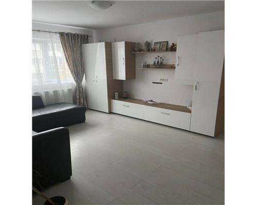 Apartament superb, 3 camere, complet renovat, etaj intermediar langa, Iulius Mall