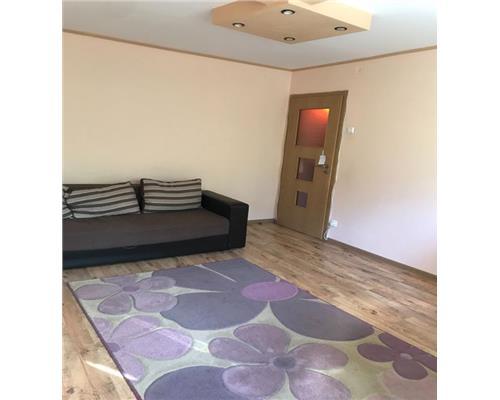 Apartament 3 camere, etajul 1, pret avantajos, langa Spitalul Judetean