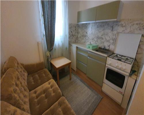 Apartament 1 camera la Vila, centrala proprie, Lipovei