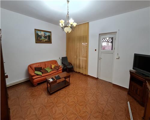 Casa 5 camere, zona Lunei