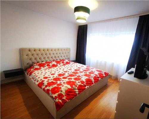 Apartament 2 camere decomandat in Soarelui