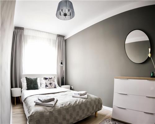 Apartament cu 3 camere in Complexul Studentesc. Complet renovat