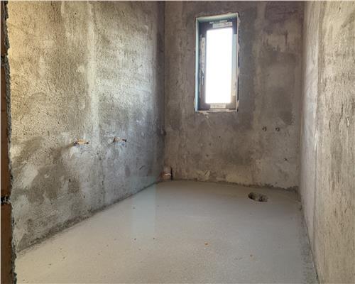 Duplex cu 4 camere, 120 mp utili, Sag