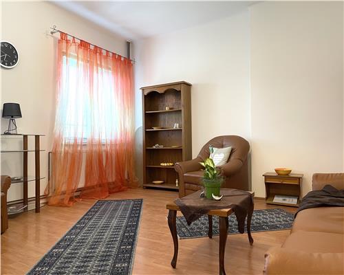 Apartament cu 2 camere+curte, decomandat, la etajul intai Odobescu