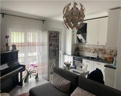 Apartament superb cu 3 camere, pe 2 etaje, zona centrala Dumbravita