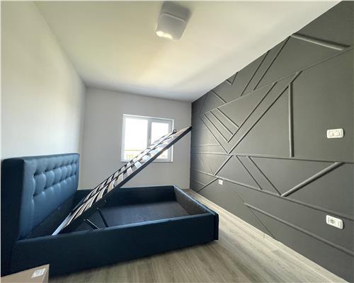 Jumatate de Duplex, 4 camere in Mosnita Noua
