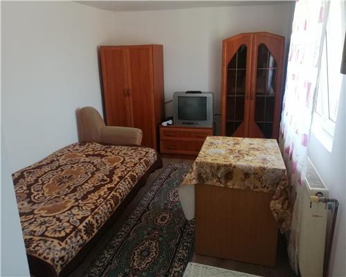 Casa cu o camera in zona Ghirodei