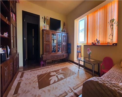 Apartament 3 camere - Girocului