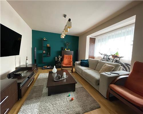 Apartament cu 4 camere decomandat lux in zona Gheorghe Lazar