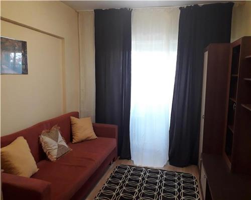 Apartament cu 3 camere decomandat zona Fabric