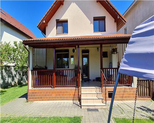 Casa individuala cu 6 camere, Mosnita Noua