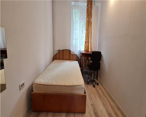 Apartament cu 2 camere, zona Balcescu, etajul intai