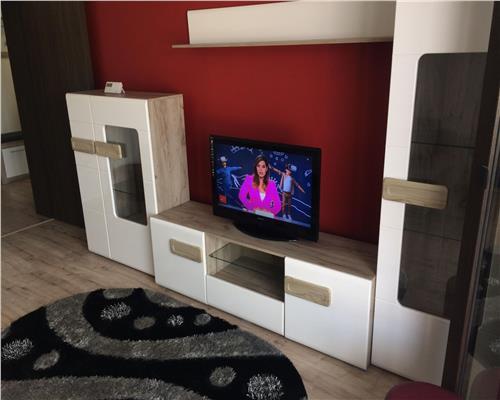 Apartament de 2 camere, decomandat, in Girocului