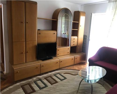 Apartament de 3 camere, semidecomandat, in Take Ionescu