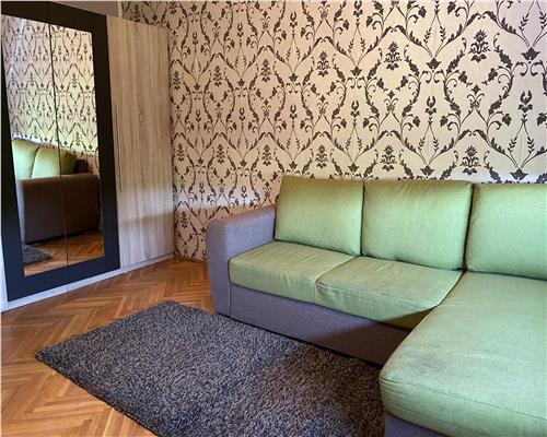 Apartament cu 3 camere, centrala proprie Gh. Lazar